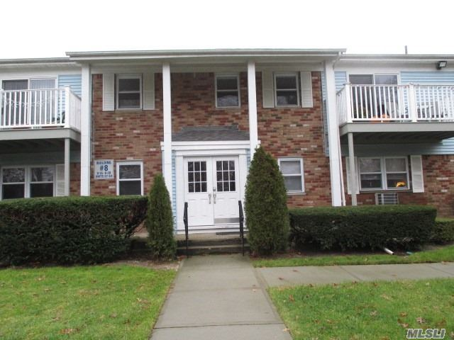 Patchogue, NY 11772