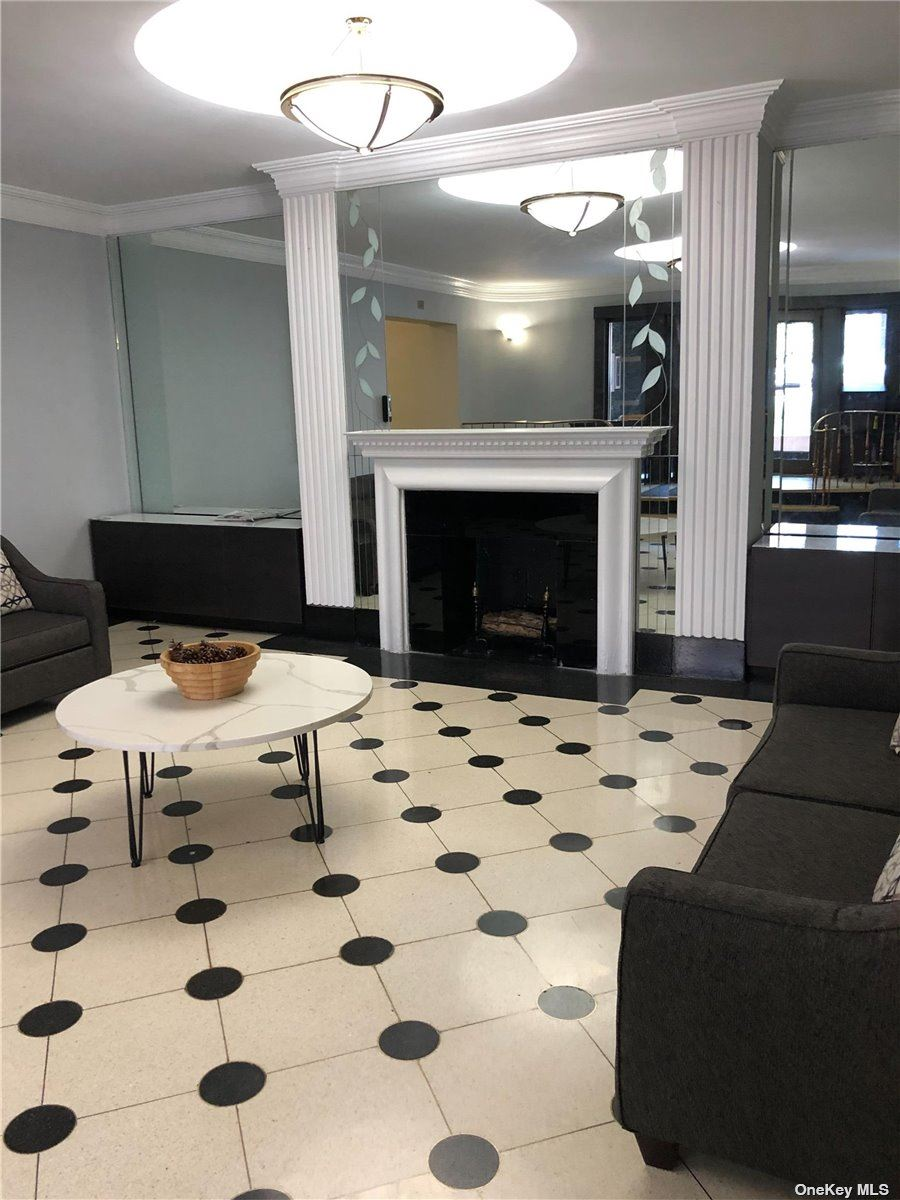 Photo of 67-71 Yellowstone #4E, Forest Hills, NY 11375 (MLS # 3302747)