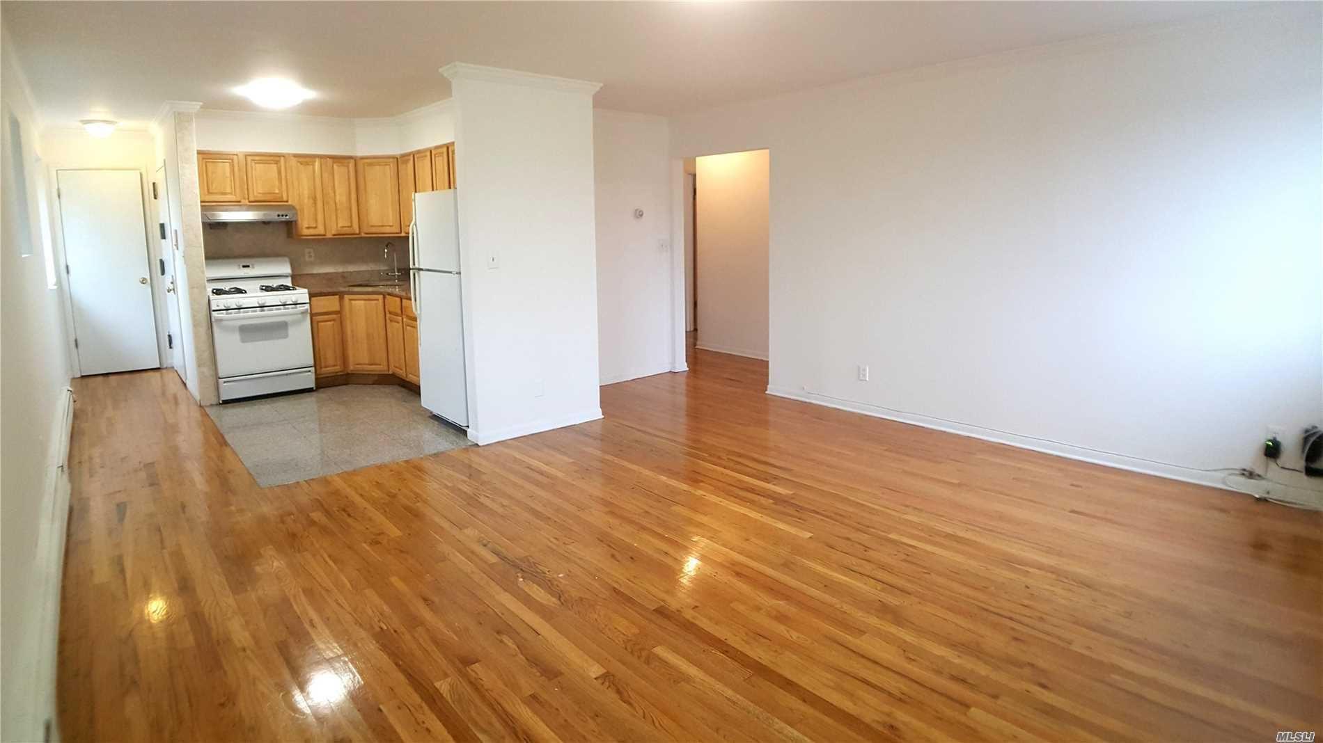81-64 102nd Avenue #3rd Fl, Ozone Park, NY 11416 - MLS#: 3240748