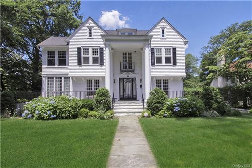 Photo of 44 Lester Place, New Rochelle, NY 10804 (MLS # H6044749)