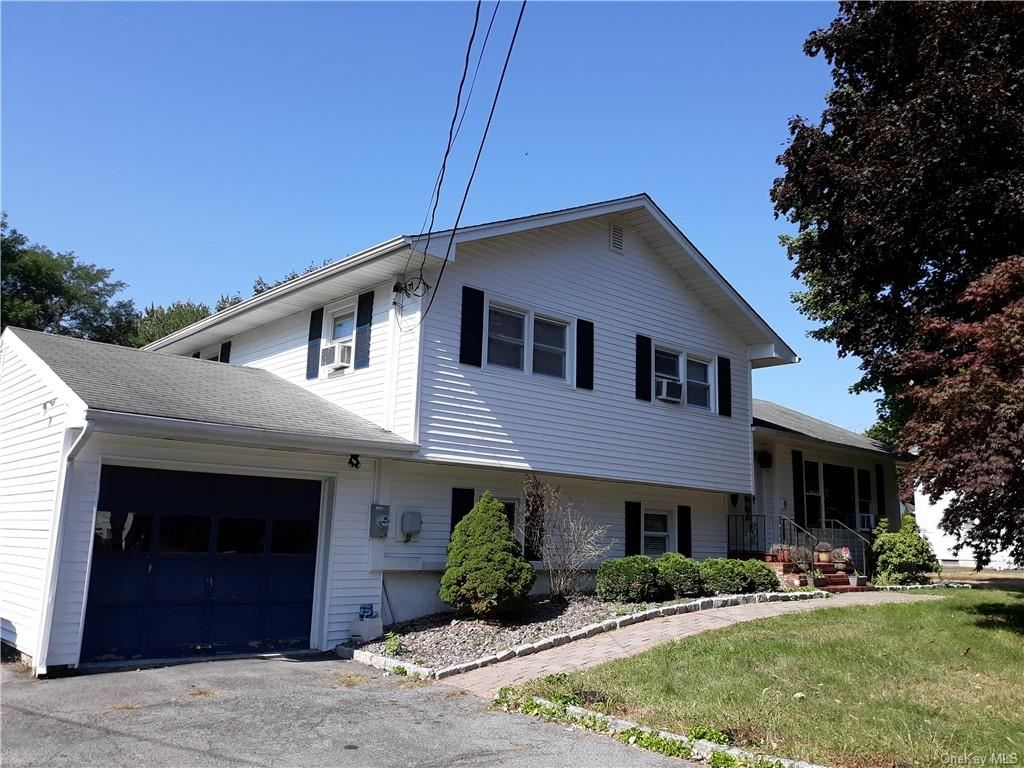 Photo of 50 Scotchtown Place, Middletown, NY 10941 (MLS # H6072749)