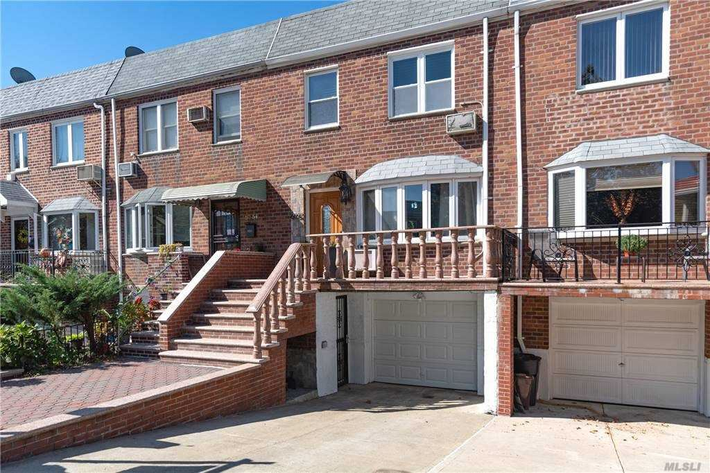 60-52 76th Street, Middle Village, NY 11379 - MLS#: 3256752