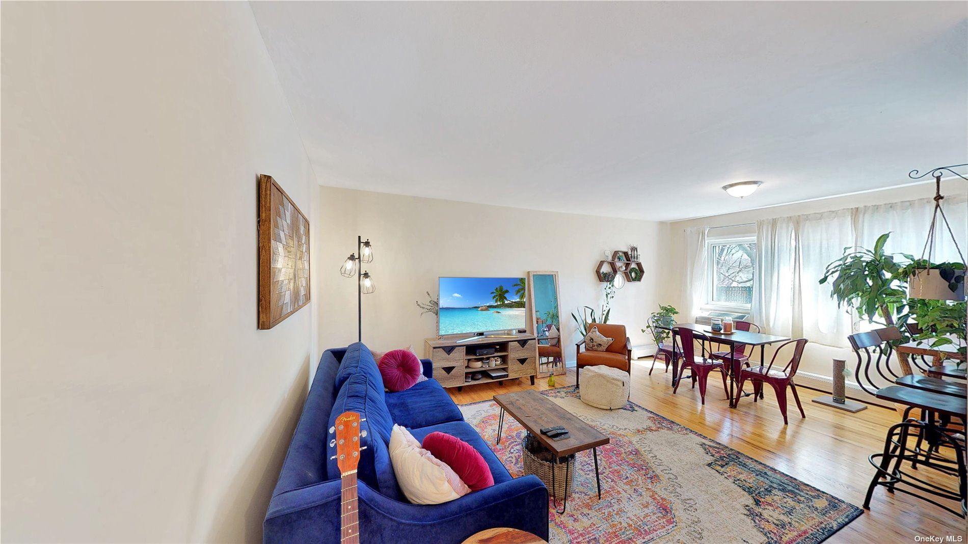 Photo of 200 Lexington Avenue #11F, Oyster Bay, NY 11771 (MLS # 3299752)