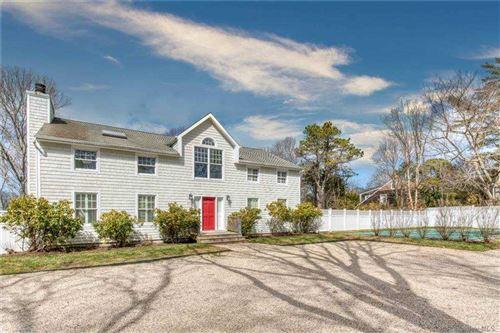 Photo of 27 Fieldview Lane, East Hampton, NY 11937 (MLS # 3293753)
