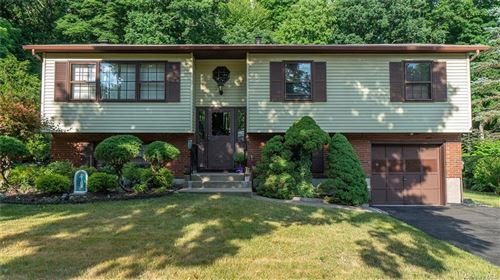 Photo of 21 Overlook Drive, Sloatsburg, NY 10974 (MLS # H6050754)