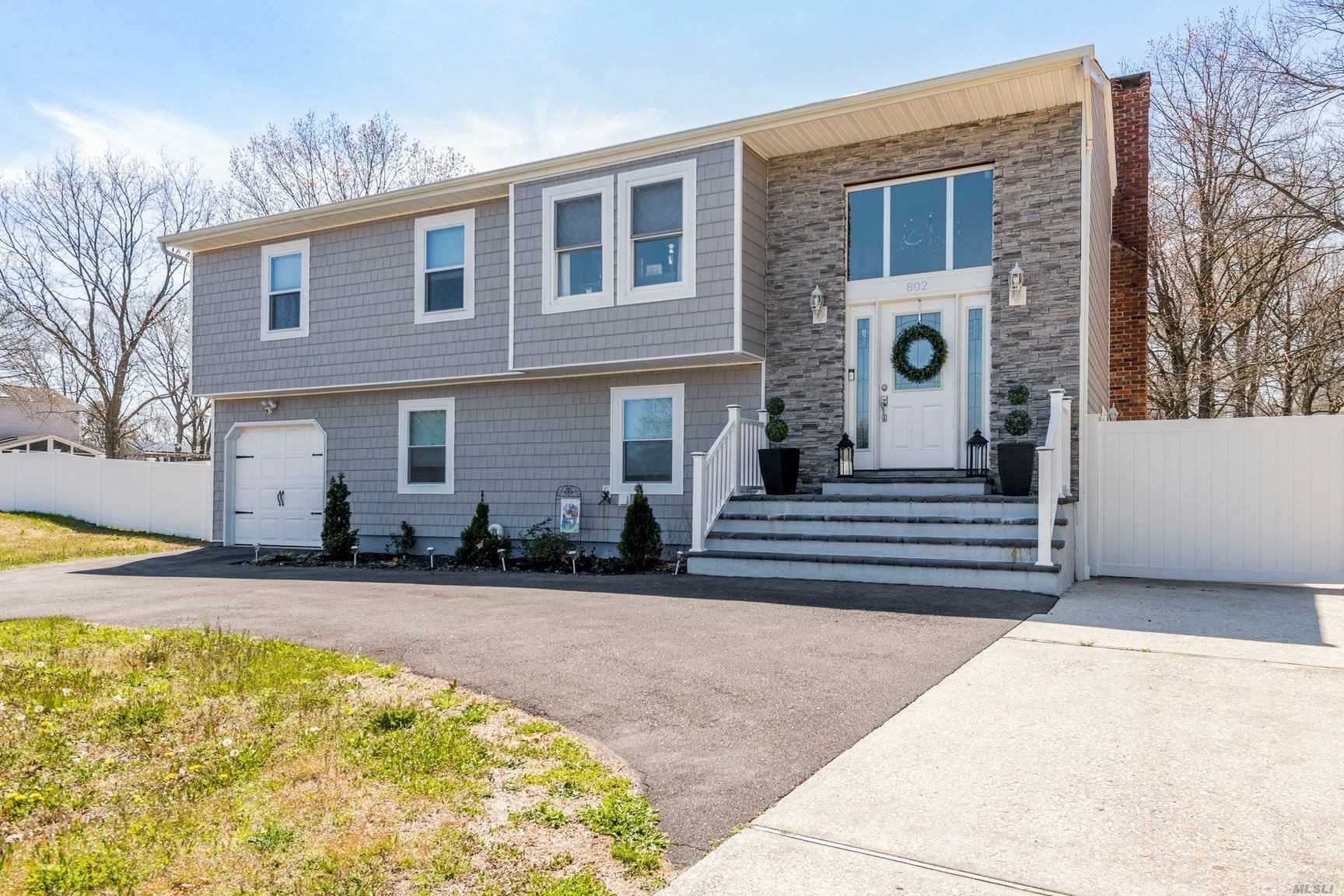 802 Old Town Rd, Selden, NY 11784 - MLS#: 3212755