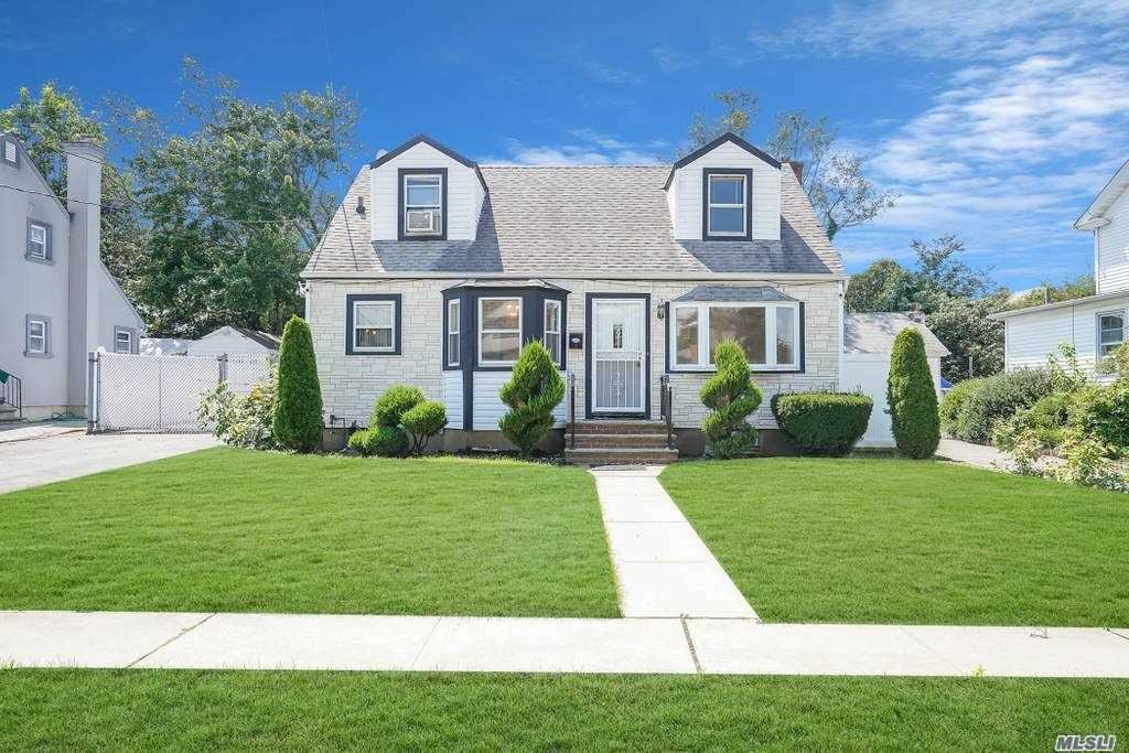 180 Lawson St, Hempstead, NY 11550 - MLS#: 3234755