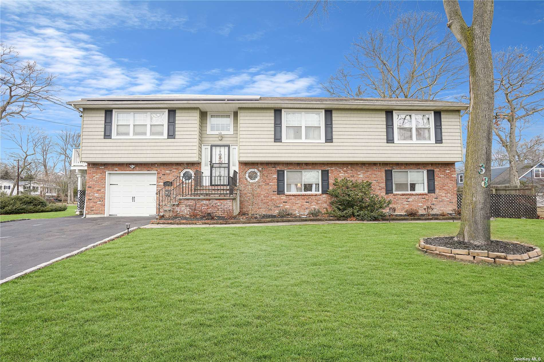 38 Mohawk Drive, Brightwaters, NY 11718 - MLS#: 3329755