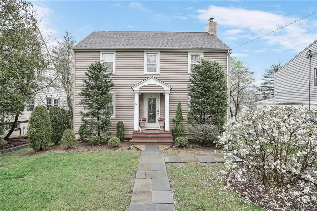 Photo of 20 Deerfield Avenue, Eastchester, NY 10709 (MLS # H6109759)