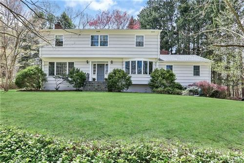 Photo of 39 Middle Patent Road, Armonk, NY 10504 (MLS # H6035763)