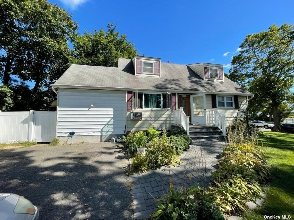 367 Terryville Road, Port Jefferson Station, NY 11776 - #: 3348763