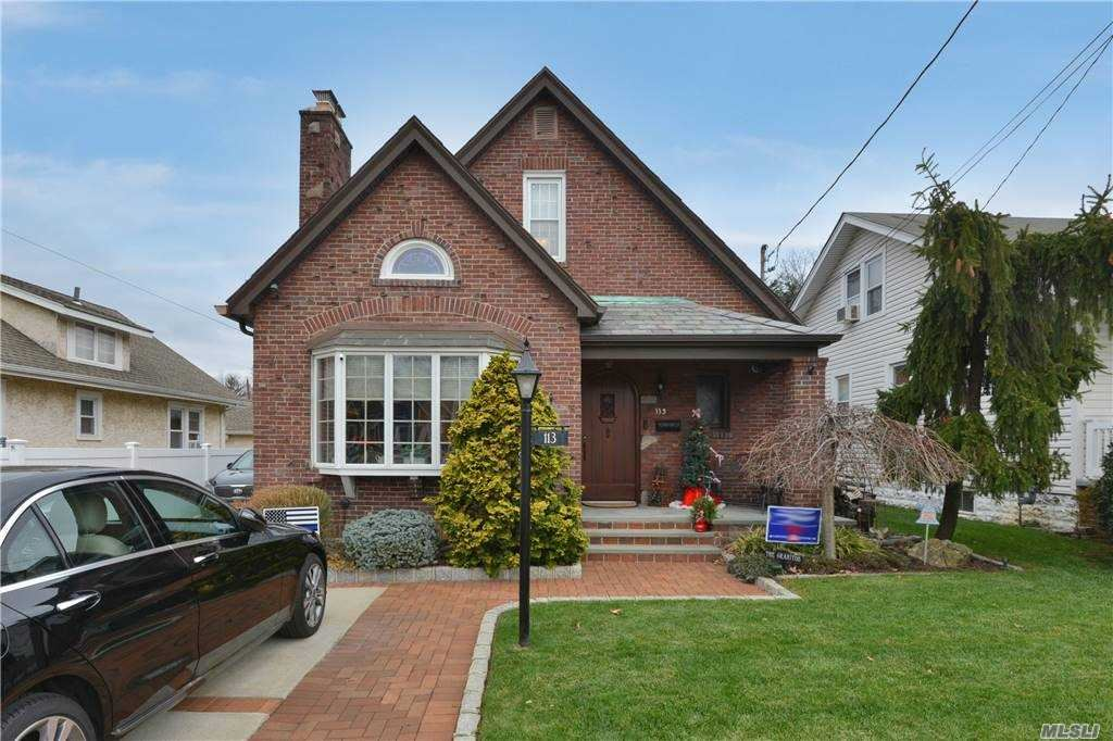 113 Stuart Avenue, Malverne, NY 11565 - MLS#: 3274764