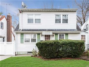 Photo of 167-08 Metcalf Ave, Fresh Meadows, NY 11365 (MLS # 3101765)