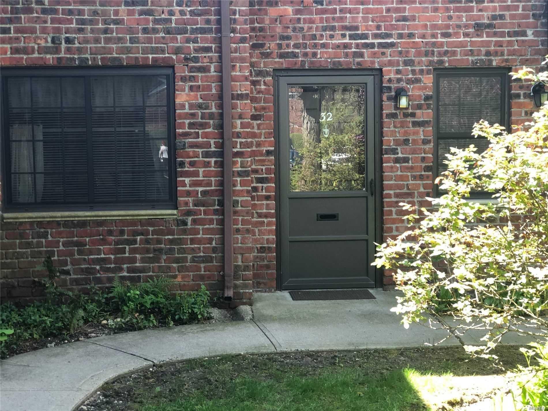 32 Pinebrook Lane, Bay Shore, NY 11706 - MLS#: 3214765