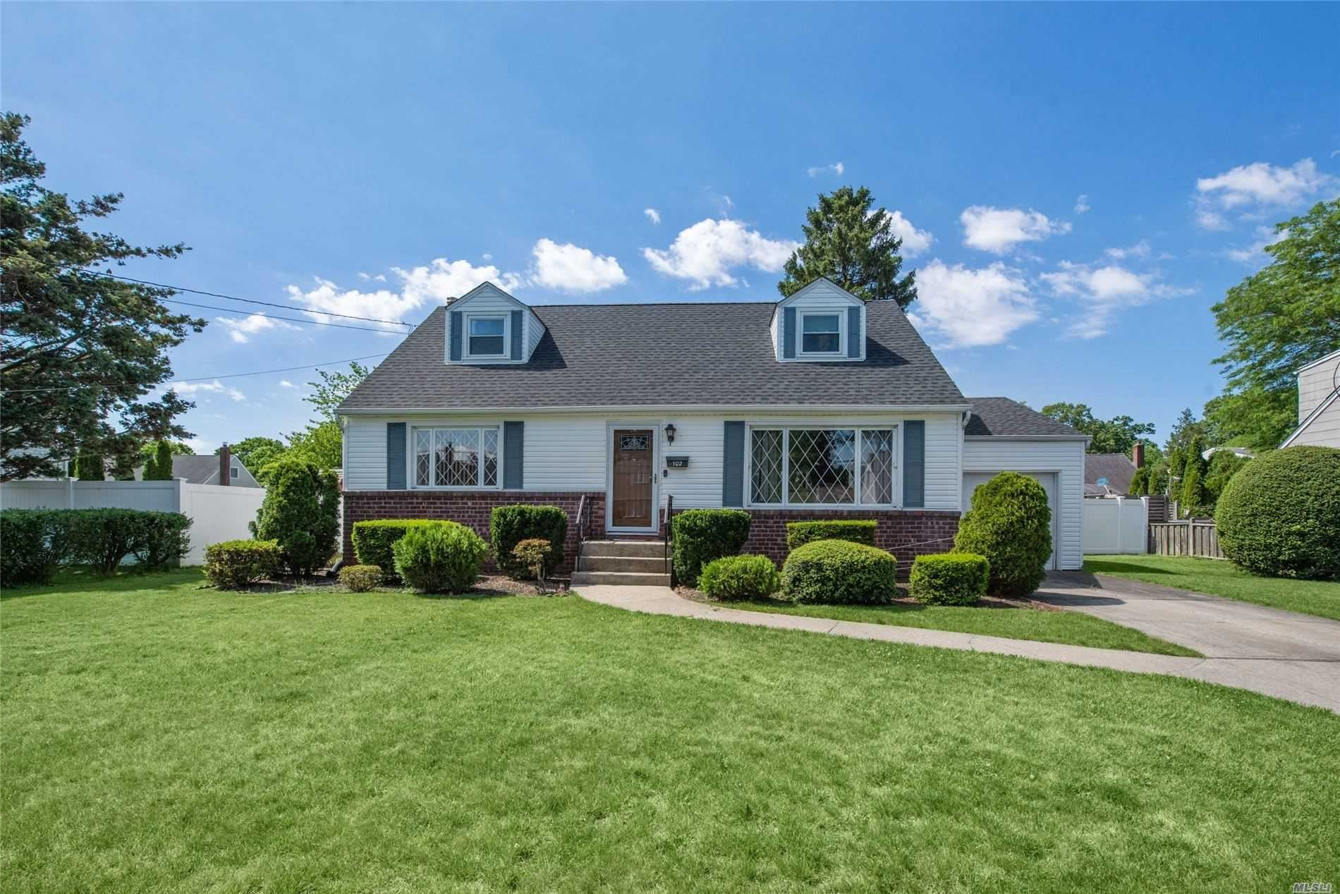 102 Brookes Road, North Babylon, NY 11703 - MLS#: 3222765