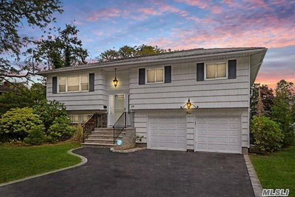29 Barry Lane, Old Bethpage, NY 11804 - MLS#: 3228765