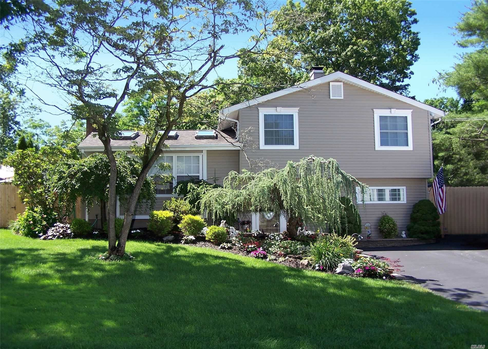 1902 Phillips Drive, Medford, NY 11763 - MLS#: 3229768