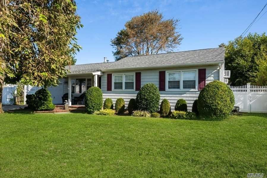 83 Lloyd Ave, North Babylon, NY 11703 - MLS#: 3254768