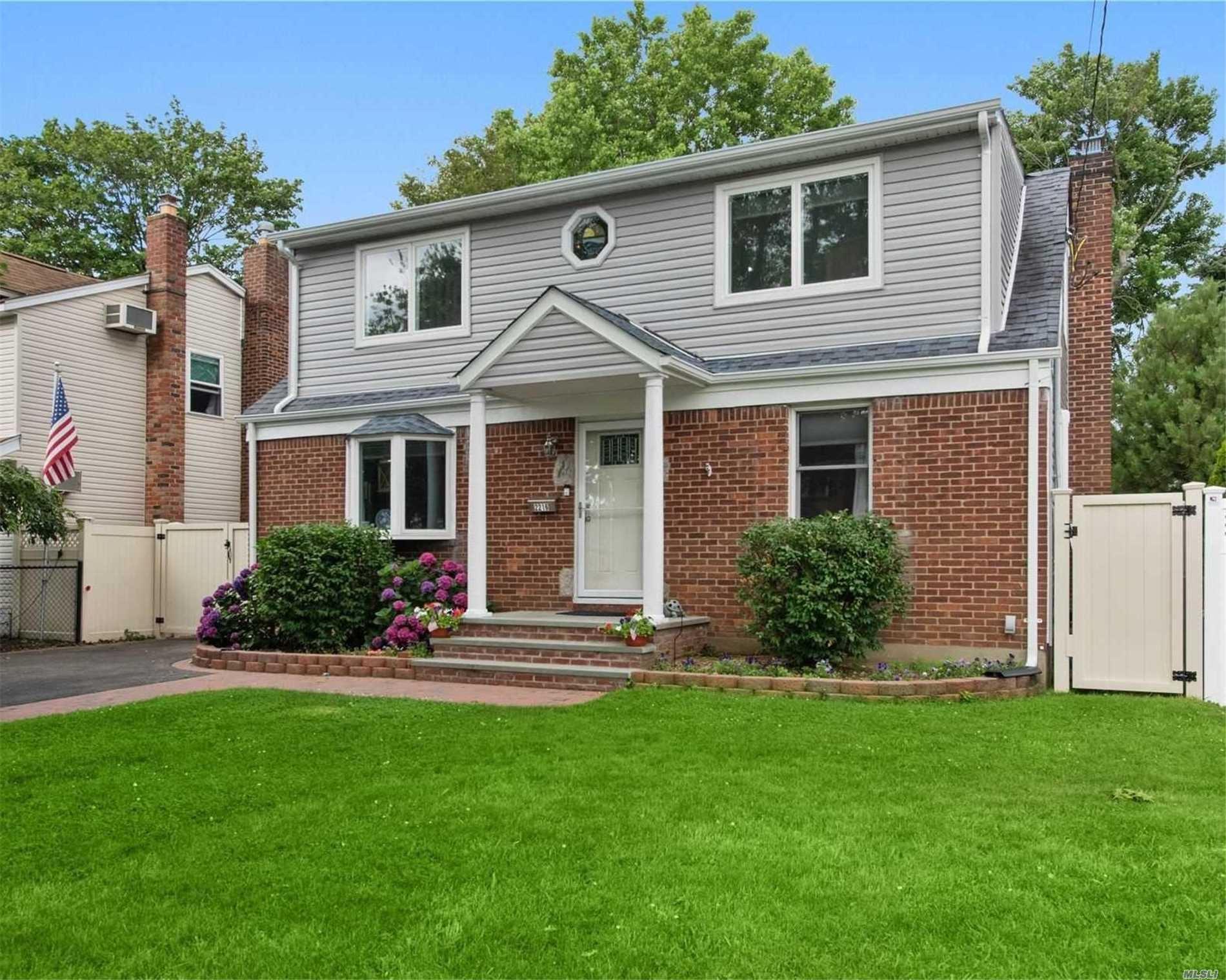 2216 Maple St, Wantagh, NY 11793 - MLS#: 3233769