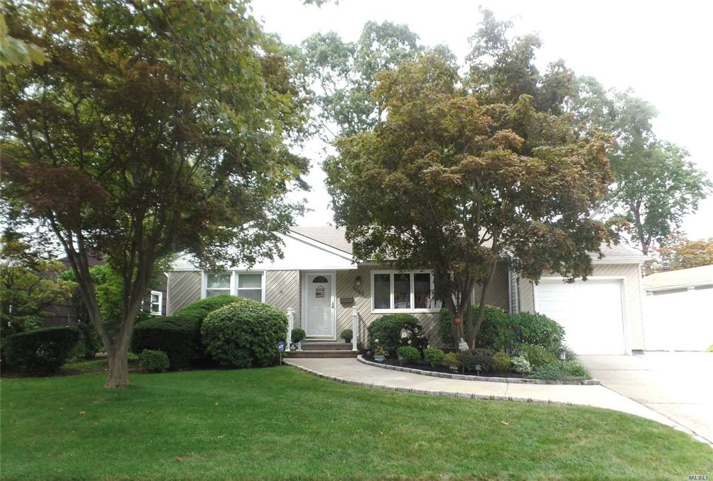 3527 Amherst Drive, Wantagh, NY 11793 - MLS#: 3169771