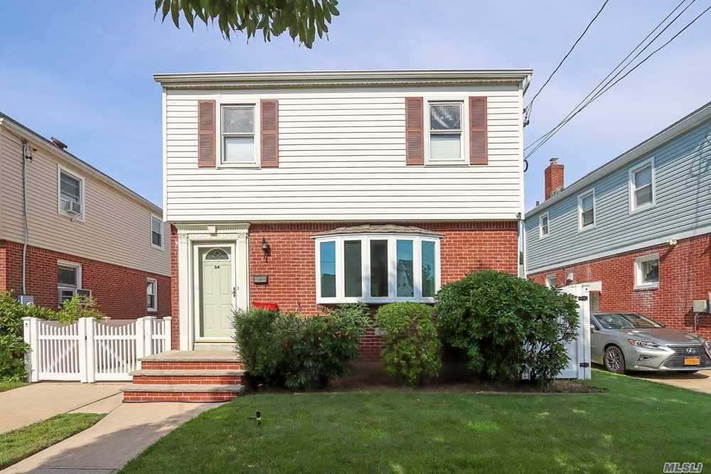 64 Spruce Street, West Hempstead, NY 11552 - MLS#: 3237772