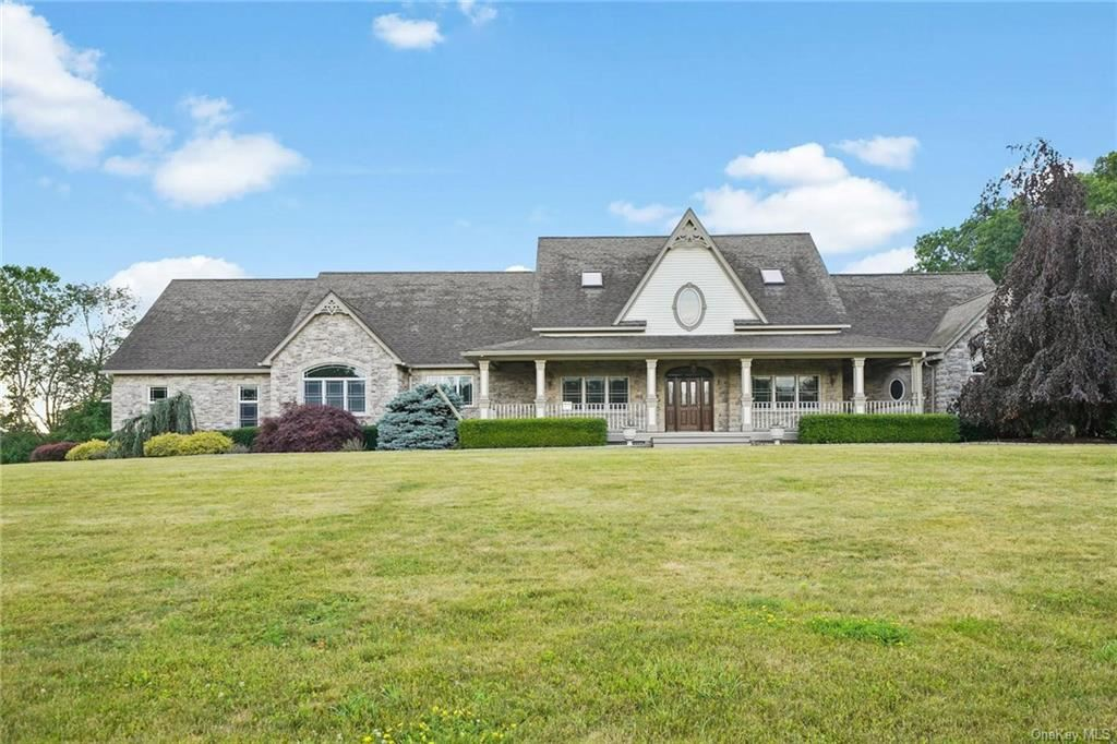 Photo of 61 Dewey Drive, Middletown, NY 10941 (MLS # H6048772)