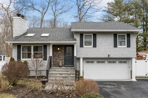 Photo of 15 Cook Ave, Moriches, NY 11955 (MLS # 3203773)