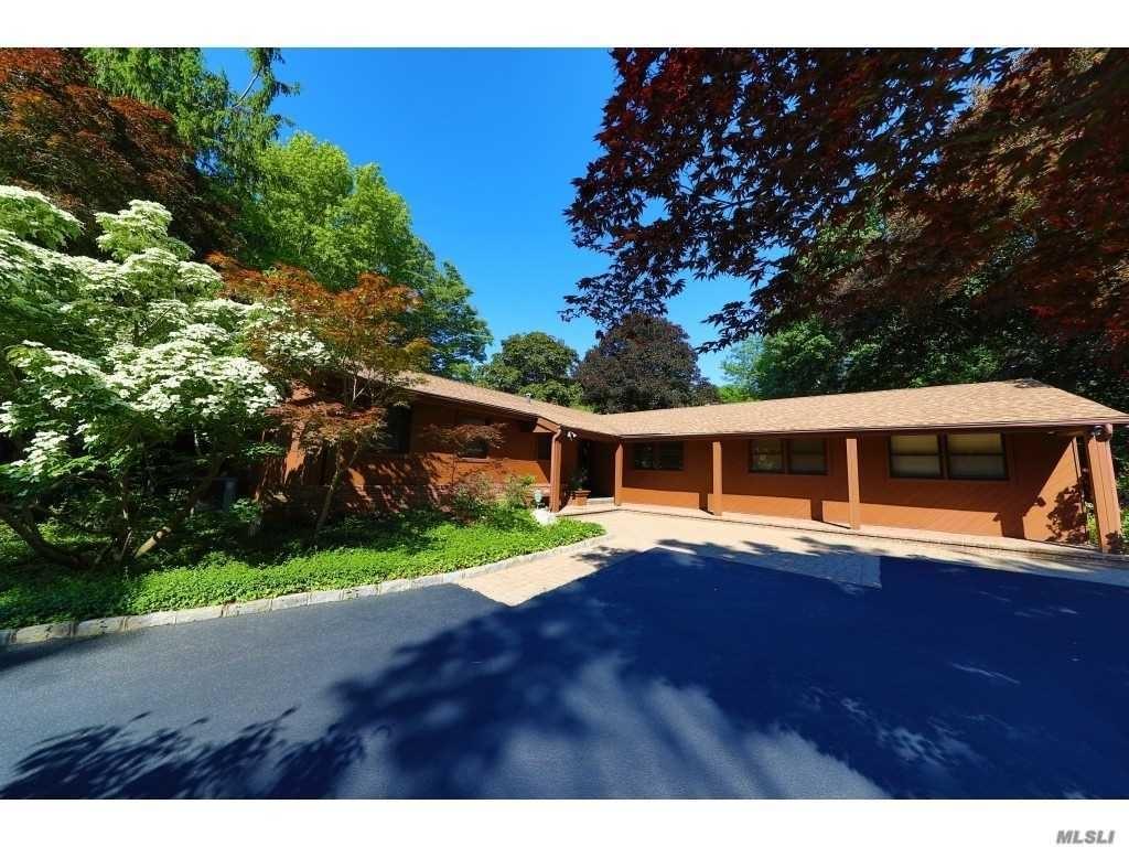 211 Pidgeon Hill Road, Huntington, NY 11746 - MLS#: 3223773