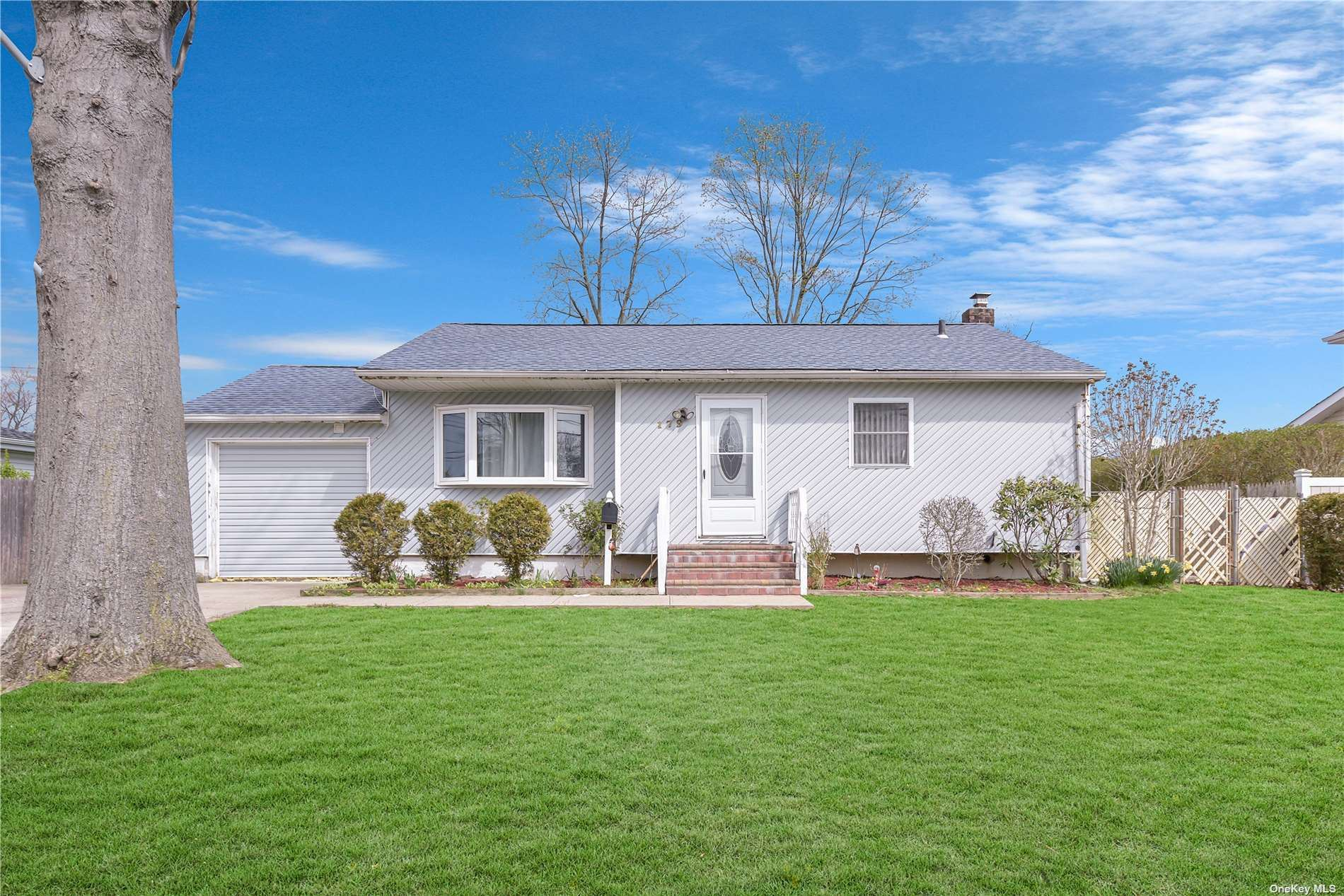 Photo of 179 Front Avenue, Brentwood, NY 11717 (MLS # 3302774)