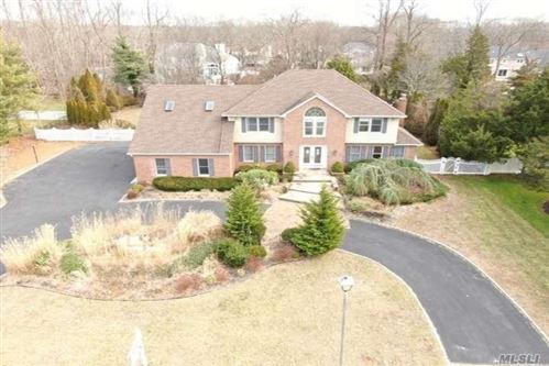Photo of 7 Parviz Ct, Miller Place, NY 11764 (MLS # 3194775)