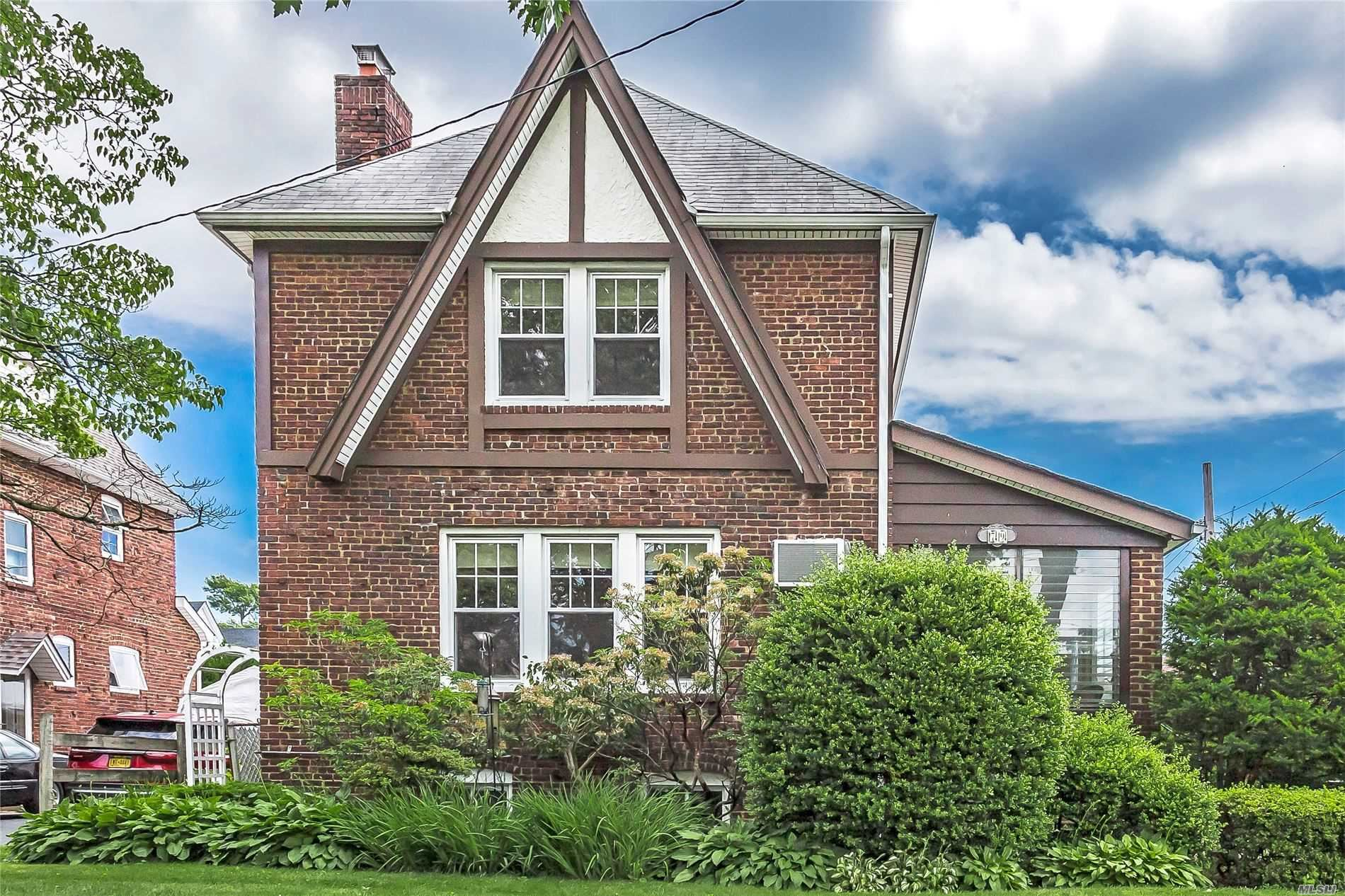 79 Piccadilly Dwns, Lynbrook, NY 11563 - MLS#: 3224775