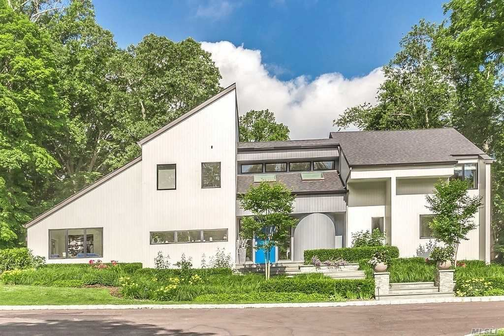 Photo of 20 Shutter Lane, Oyster Bay Cove, NY 11771 (MLS # 3224776)