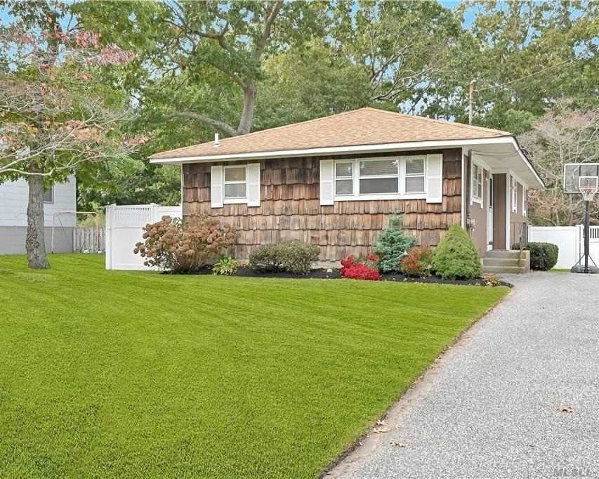 37 Belmont Drive, Shirley, NY 11967 - MLS#: 3260777