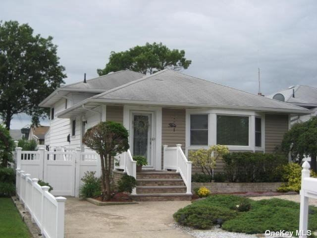 5 Sampson Street, East Rockaway, NY 11518 - MLS#: 3319777