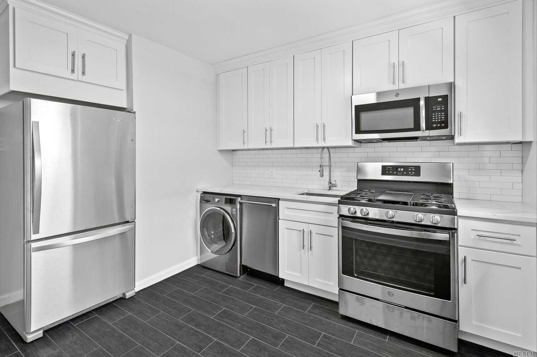 219-10 75 Avenue #2nd Fl, Bayside, NY 11364 - MLS#: 3244778