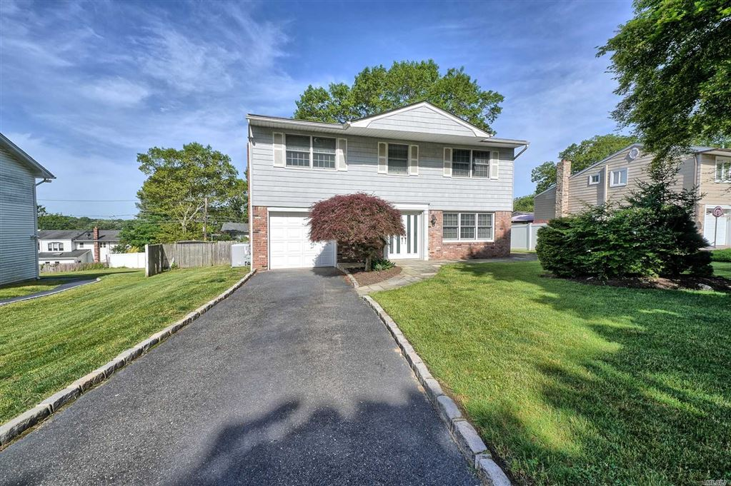 18 Villa Lane, Smithtown, NY 11787 - MLS#: 3138780