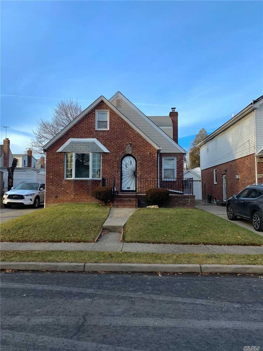 254-11 82nd Drive, Floral Park, NY 11004 - MLS#: 3187783