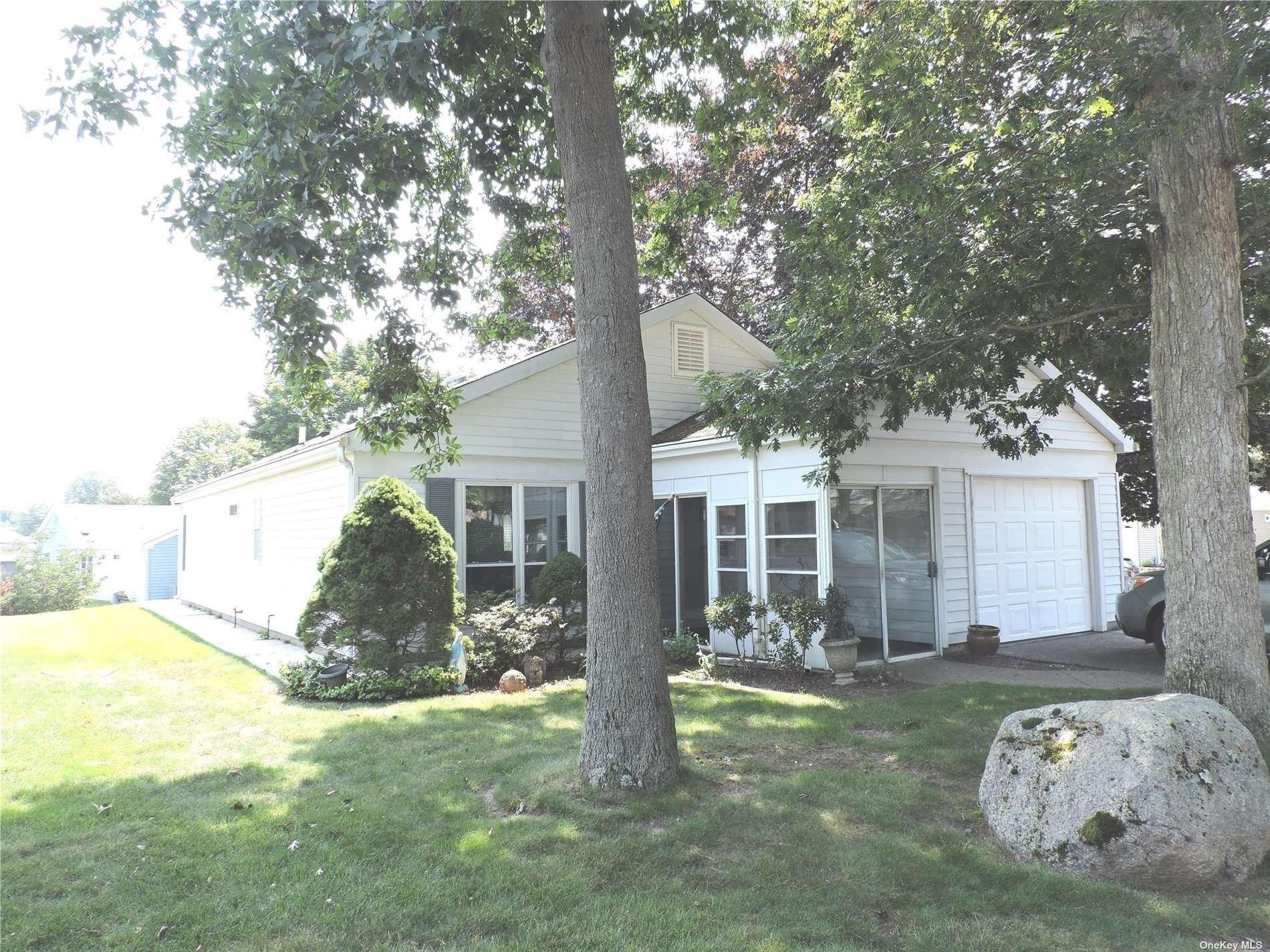 451 Summerwood Court #451, Ridge, NY 11961 - MLS#: 3330784