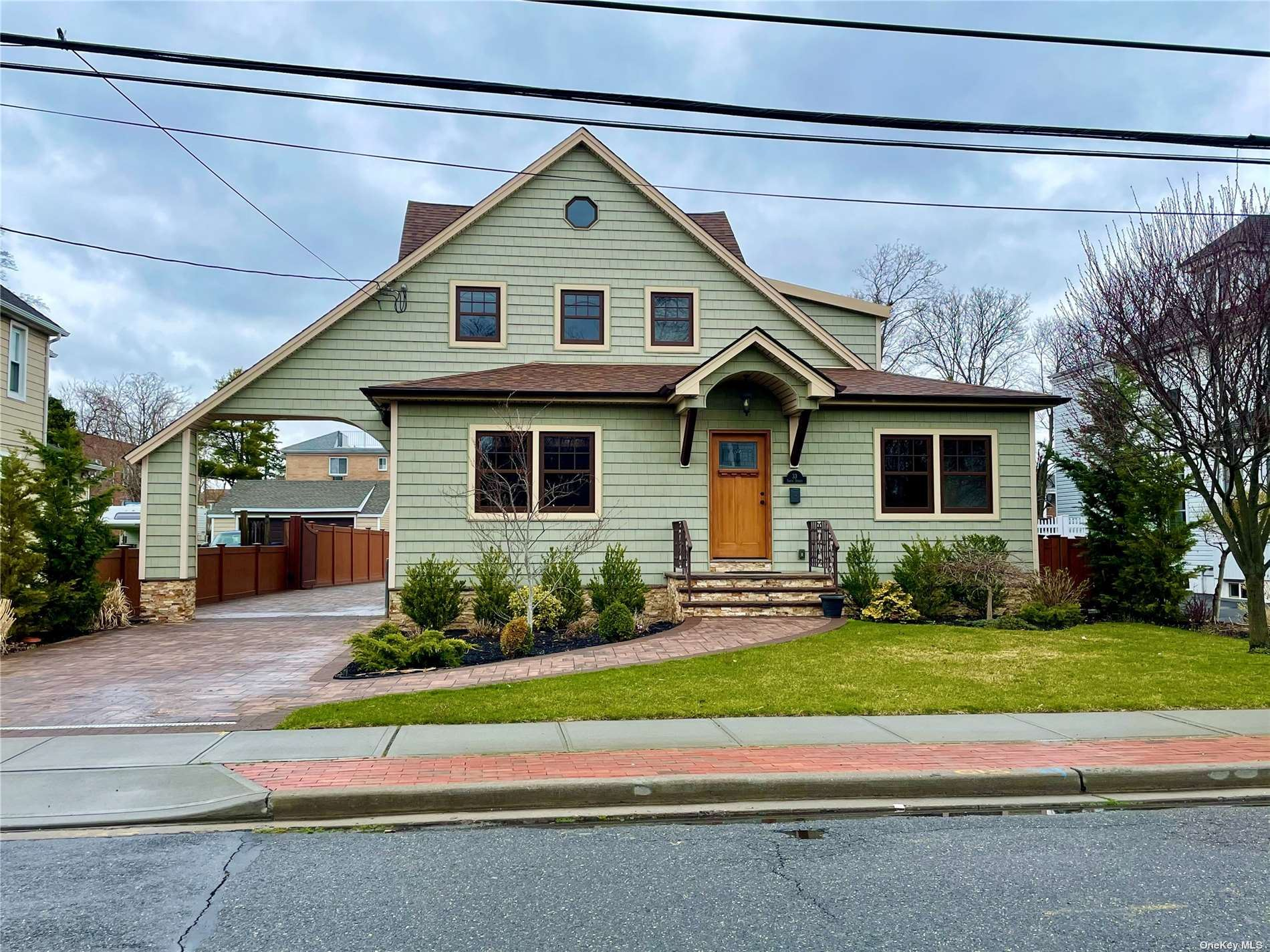 33 Smith Street #2, Rockville Centre, NY 11570 - MLS#: 3299785