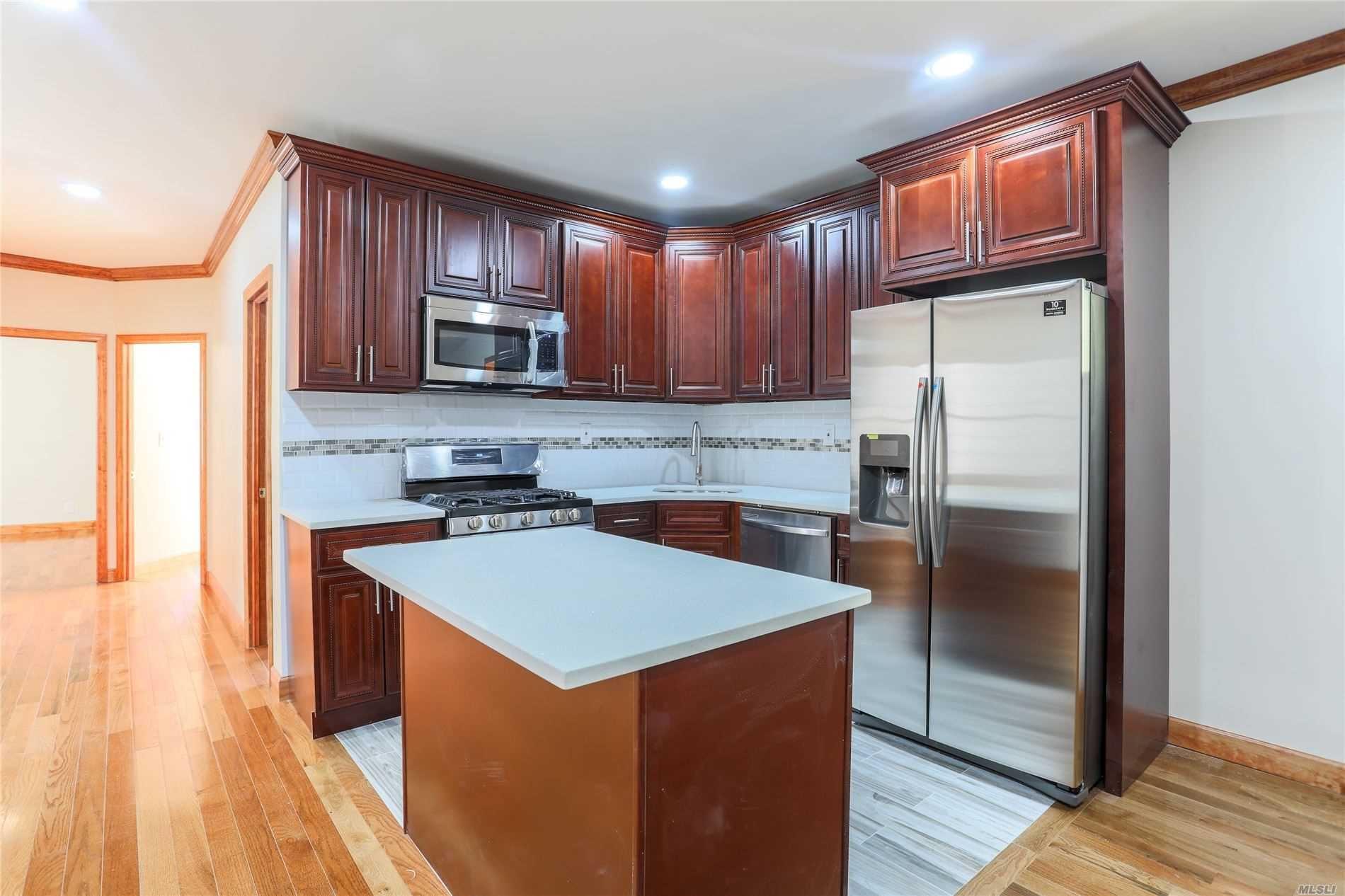 2864 E. 195th Street, Bronx, NY 10461 - MLS#: 3242786