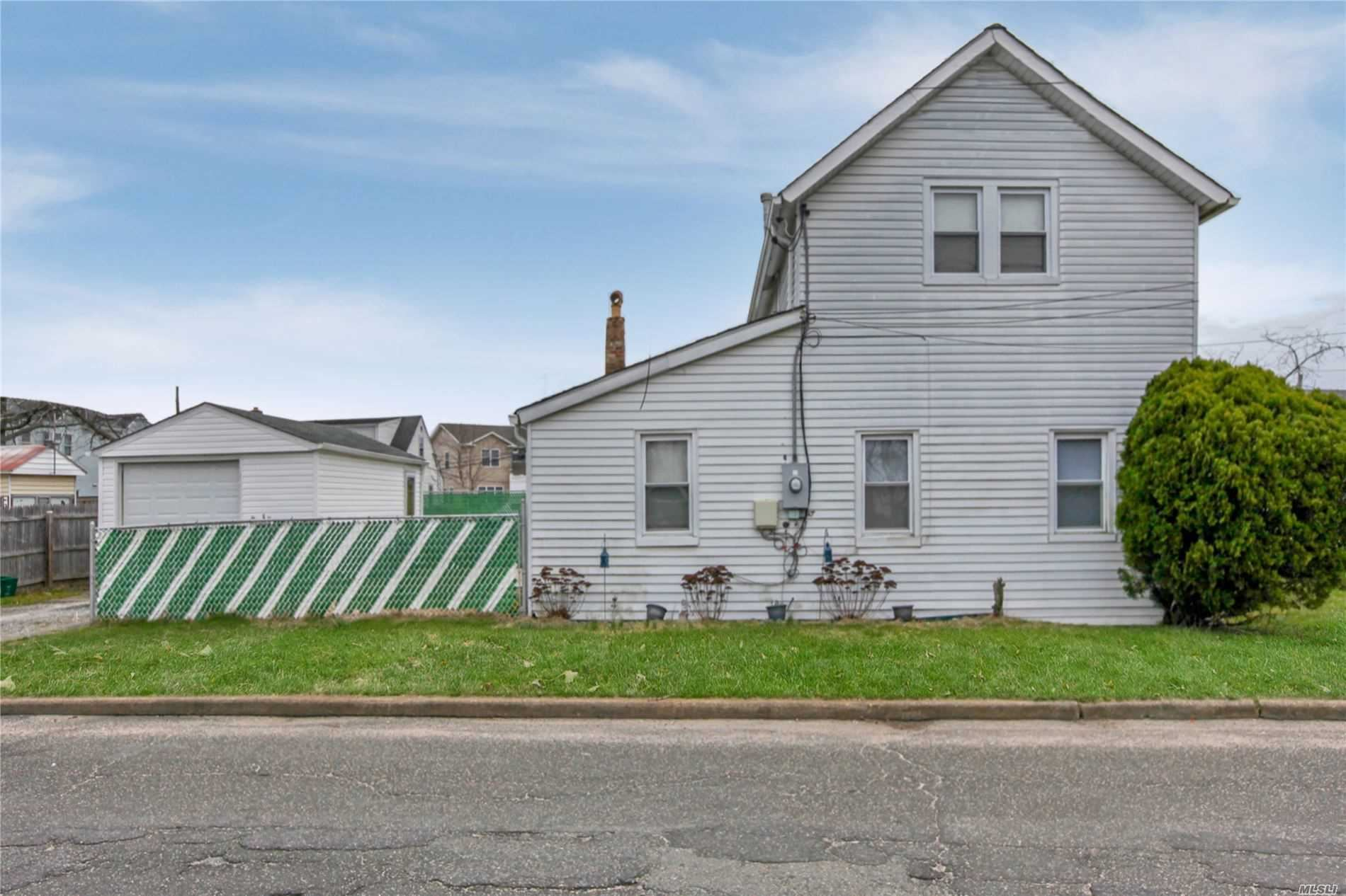 2471 S Seamans Neck Road, Seaford, NY 11783 - MLS#: 3207787
