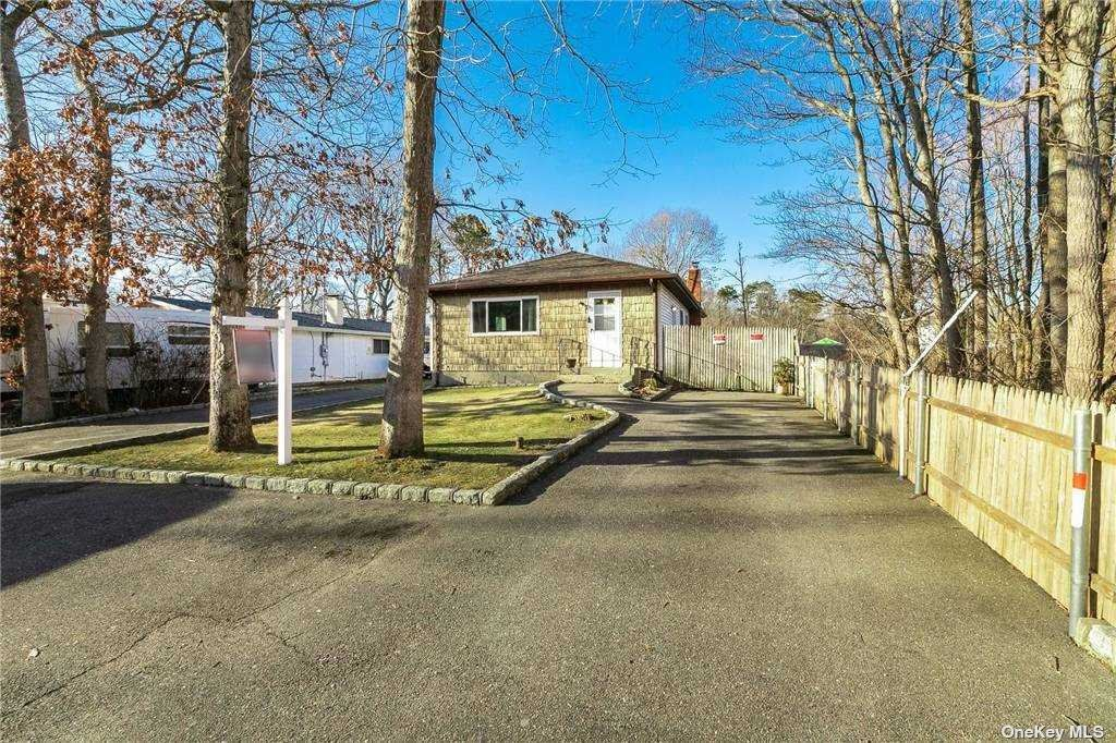 155 Flower Hill Drive, Shirley, NY 11967 - MLS#: 3292787