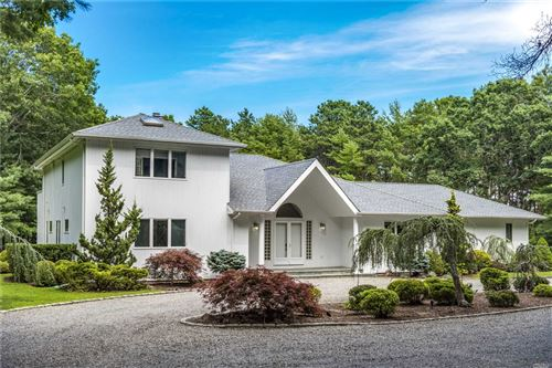 Photo of 12 & 10 Blueberry Court, Quogue, NY 11959 (MLS # 3249790)
