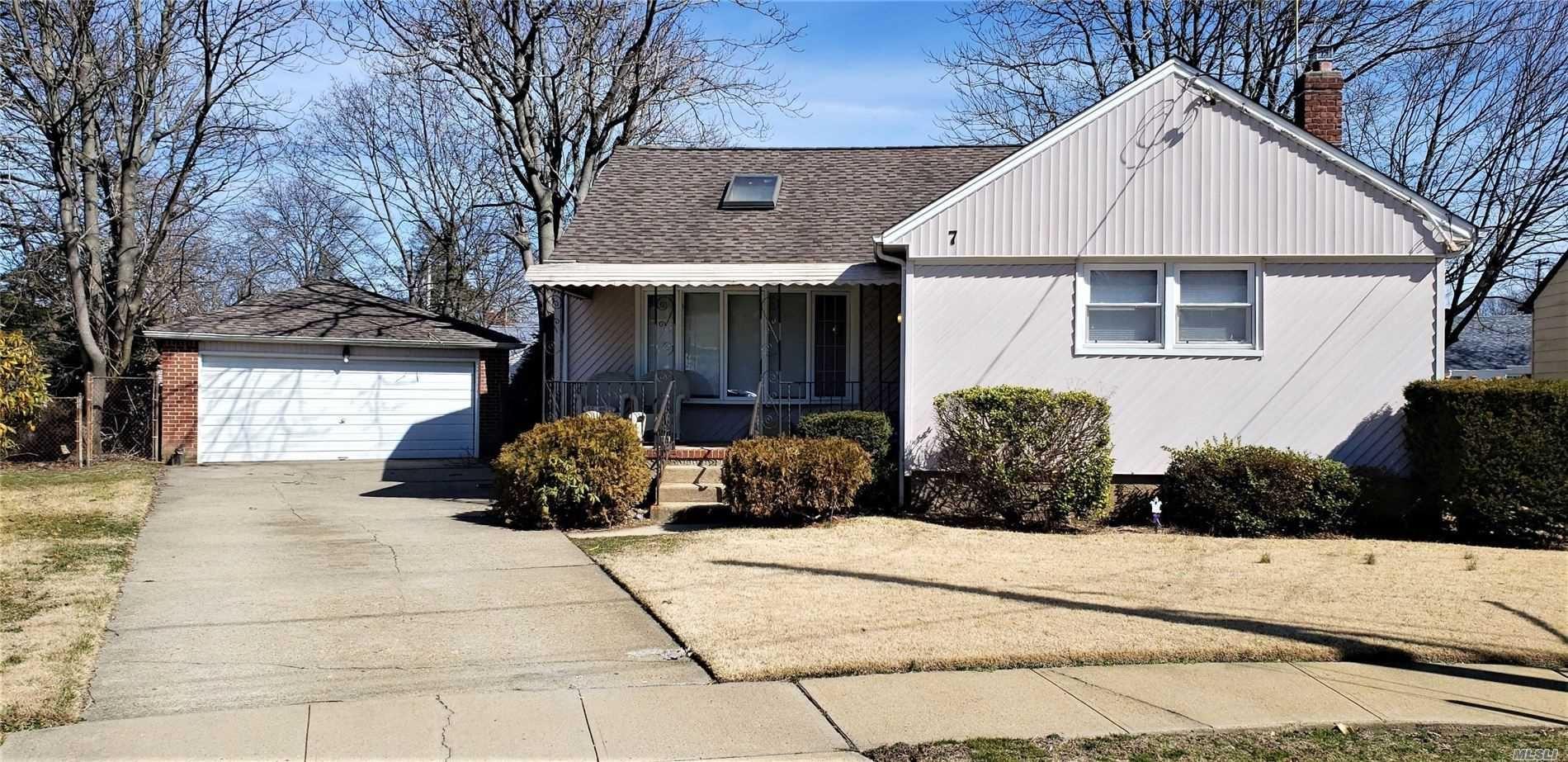 7 Roosevelt Street, Hempstead, NY 11550 - MLS#: 3209791