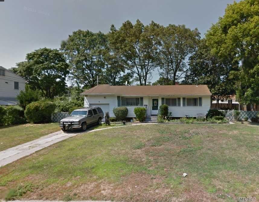 9 Amfer Court, Bay Shore, NY 11706 - MLS#: 3257791