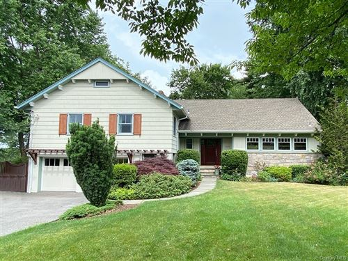 Photo of 564 The Parkway, Mamaroneck, NY 10543 (MLS # H6047793)