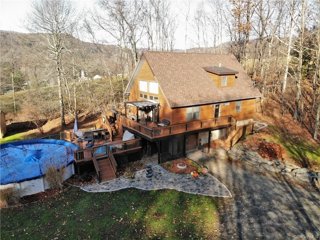 Photo for 227 Hastings Court, Grahamsville, NY 12740 (MLS # H6079793)