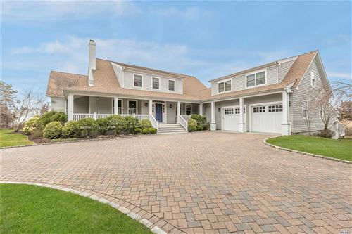 Photo of 17 Quantuck Ln, Quogue, NY 11959 (MLS # 3093794)