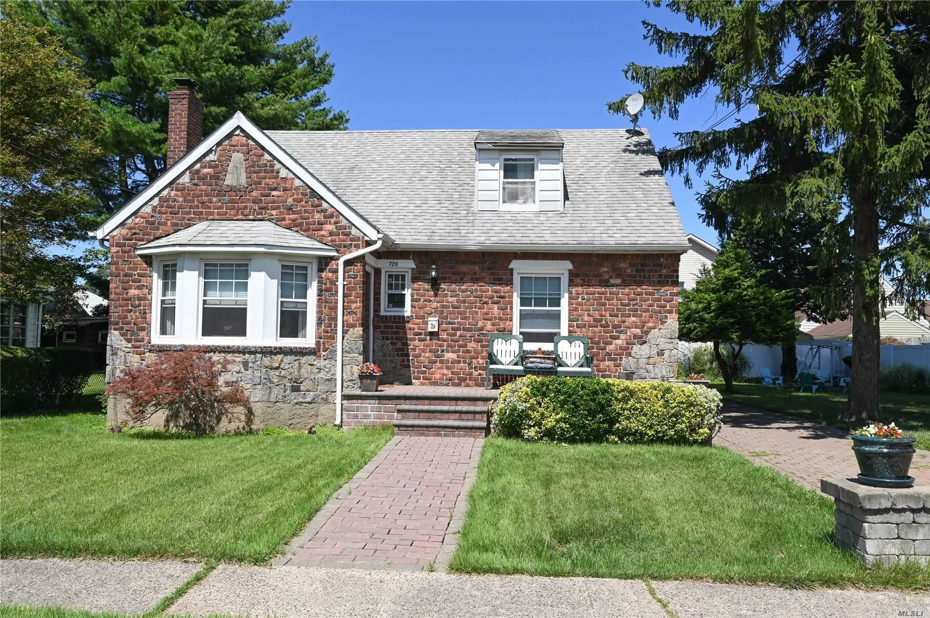 720 Iris Street, Franklin Square, NY 11010 - MLS#: 3244796