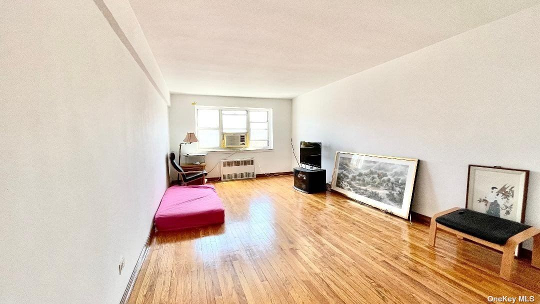 29-30 138th Street #4D, Flushing, NY 11354 - MLS#: 3301796